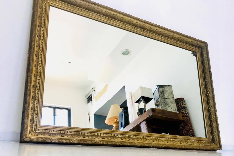 Spiegel mit holzrahmen und gold einlagen 1950er bei for Spiegel holzrahmen