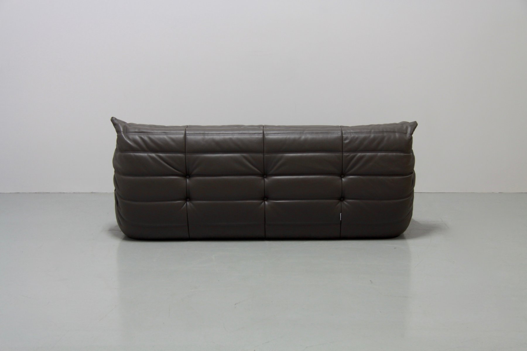 graphite leather togo sofa set by michel ducaroy for ligne roset 1970s for sale at pamono. Black Bedroom Furniture Sets. Home Design Ideas