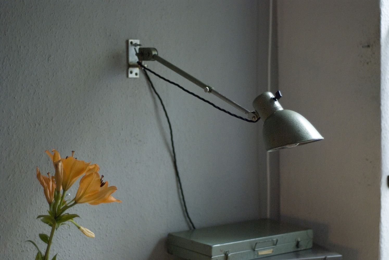 Vintage Wall Mounted Reading Light from Hala - Hannoversche Lampenfabrik for sale at Pamono