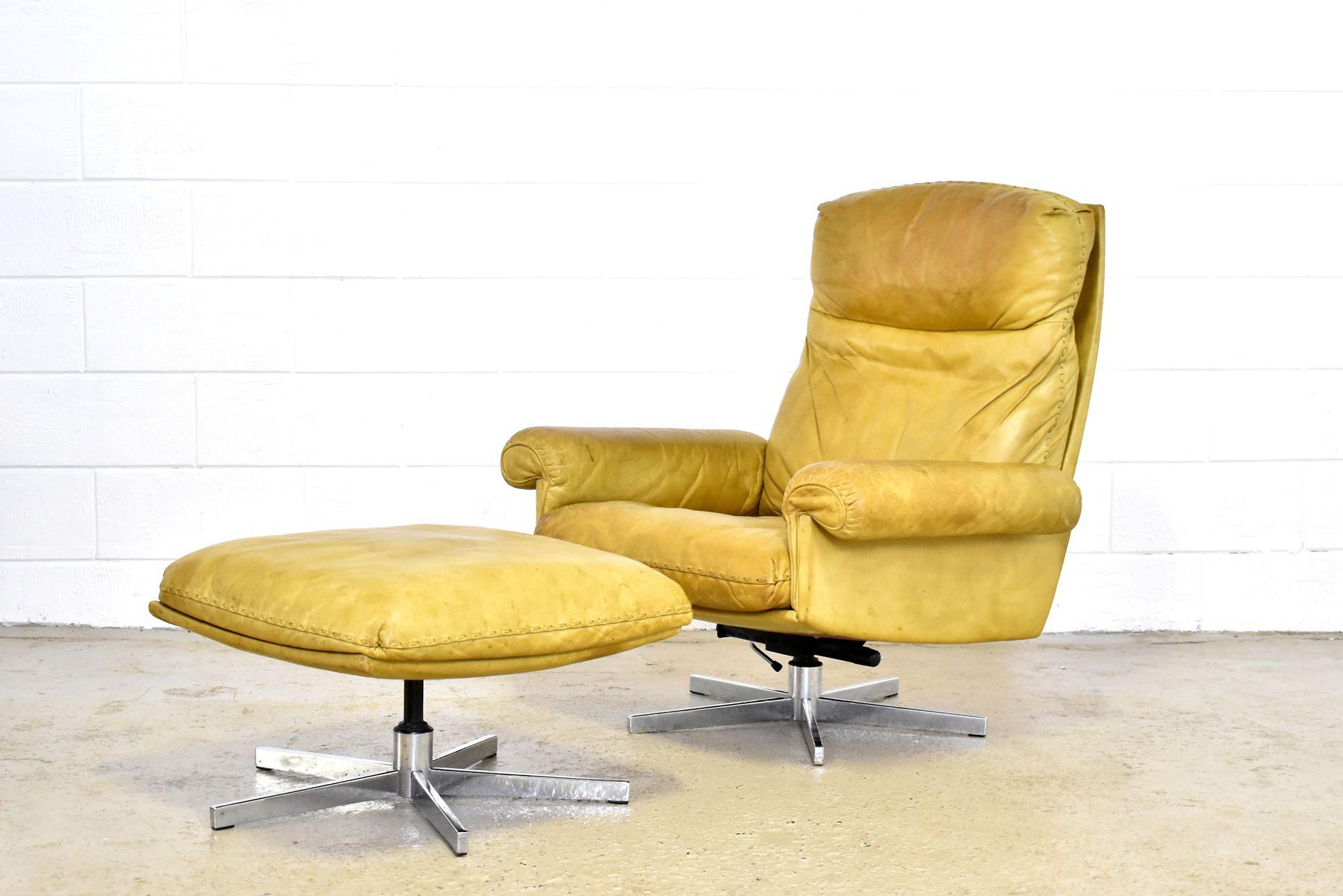 vintage ds35 sessel mit hocker von de sede bei pamono kaufen. Black Bedroom Furniture Sets. Home Design Ideas
