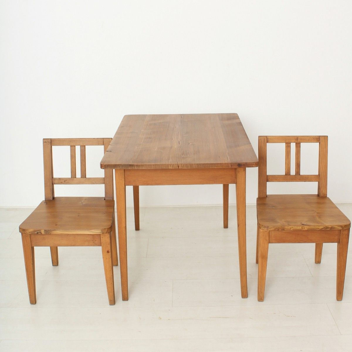 Vintage Childrens' Table & Chair Set, Set of 3 - Vintage Childrens' Table & Chair Set, Set Of 3 For Sale At Pamono