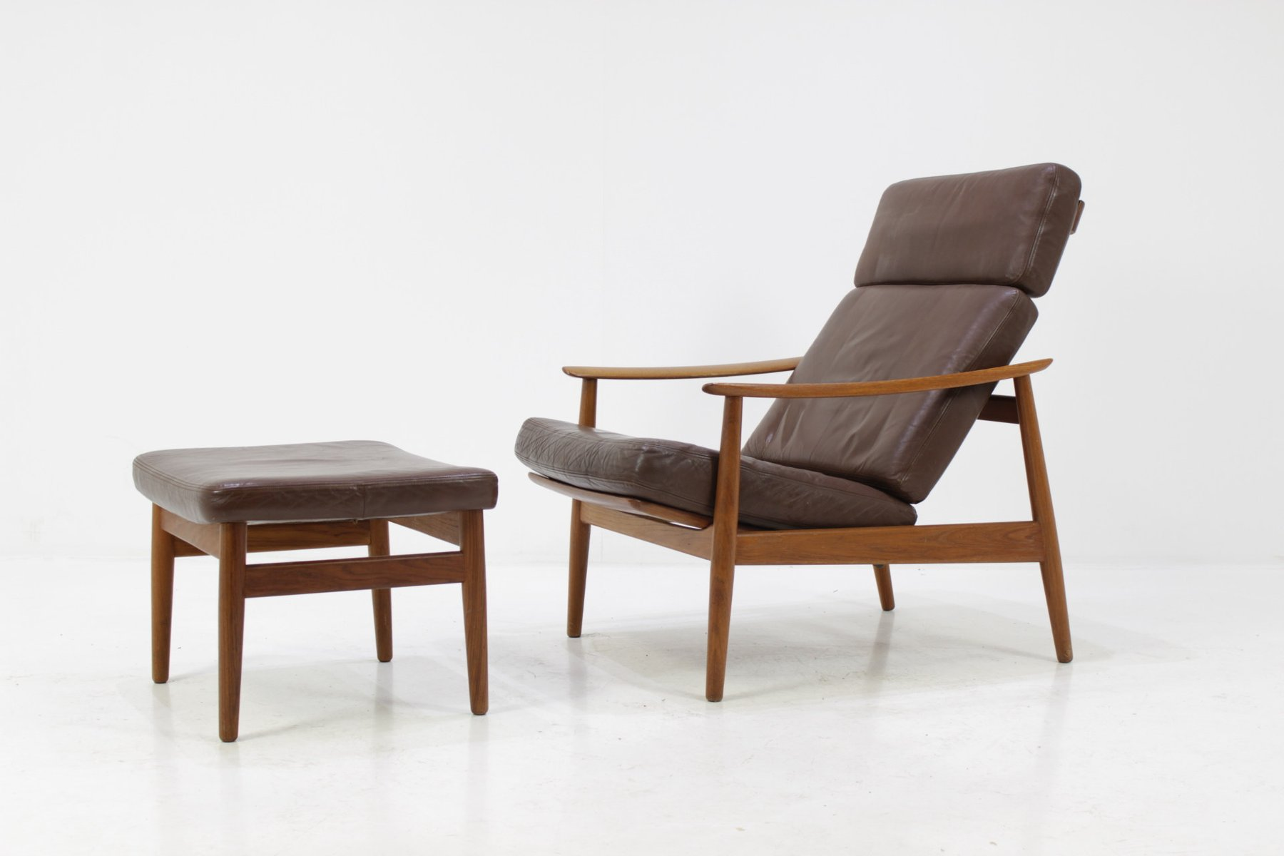 Wooden easy chair models - Vintage Model Fd 164 Reclining Easy Chair Footstool By Arne Vodder For France S N