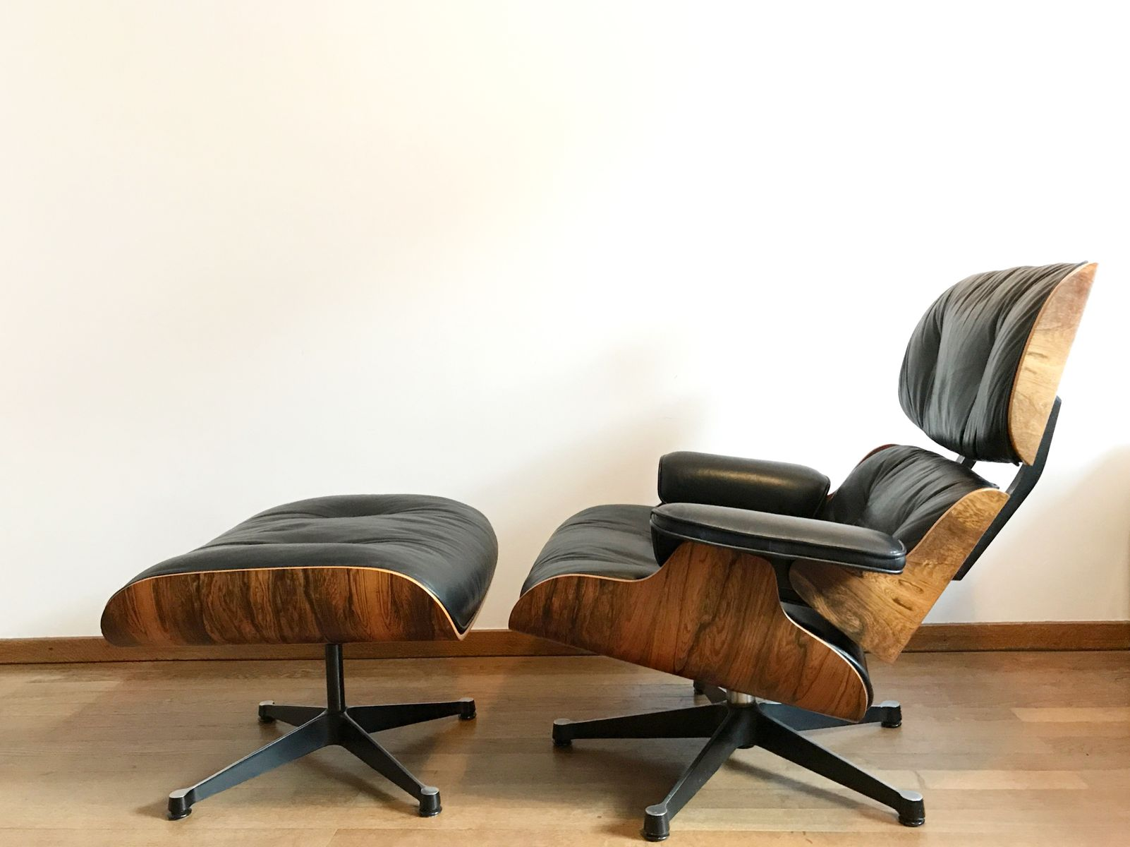 Rio Rosewood Lounge Chair & Ottoman by Charles & Ray Eames for