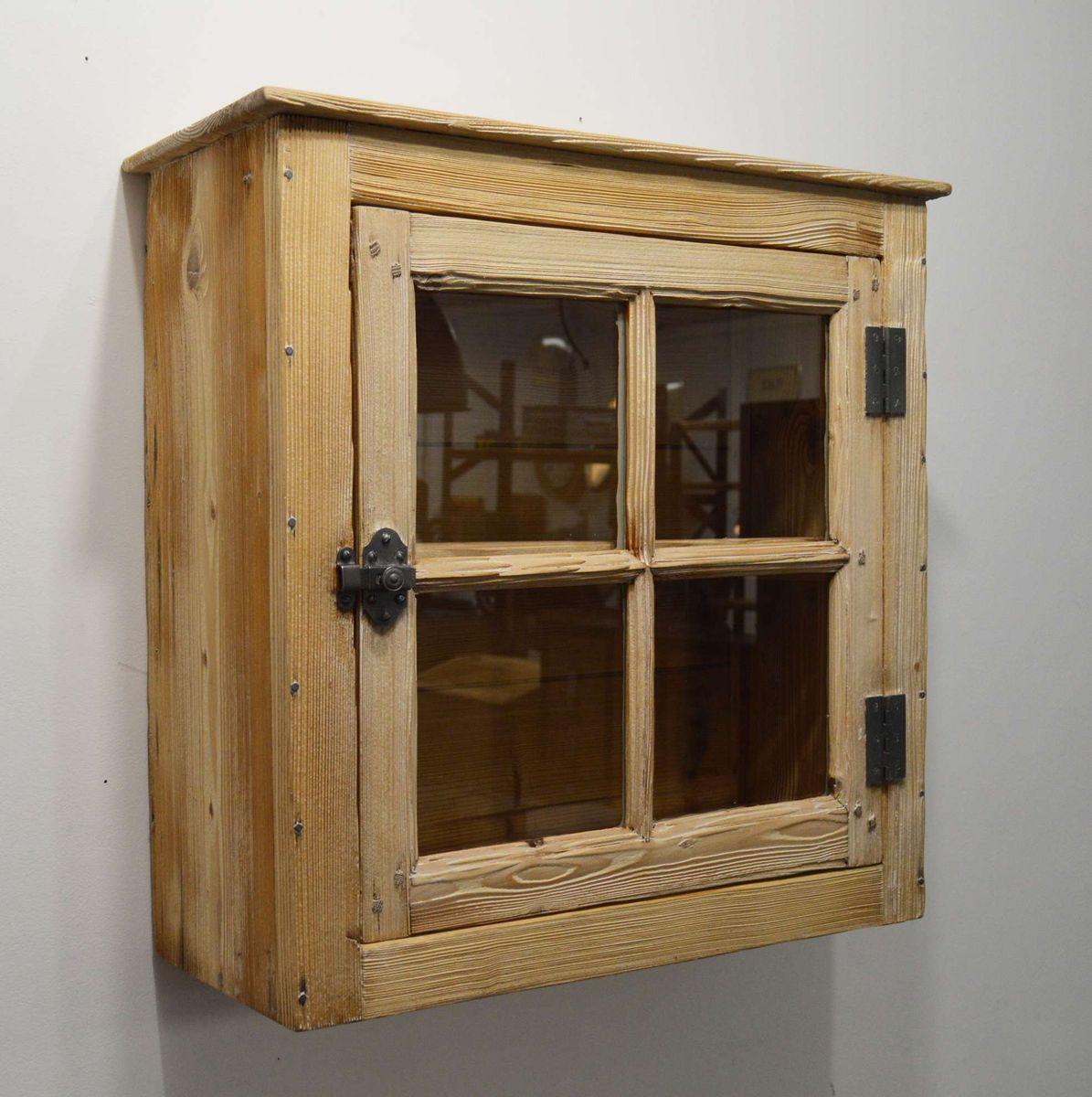 kleiner holz h ngeschrank bei pamono kaufen. Black Bedroom Furniture Sets. Home Design Ideas