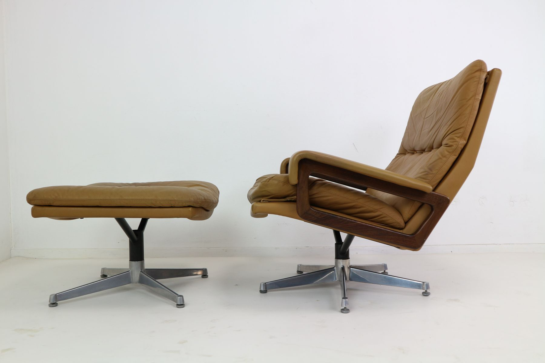 King Swivel Lounge Chair and Ottoman in Cognac Leather by Andre