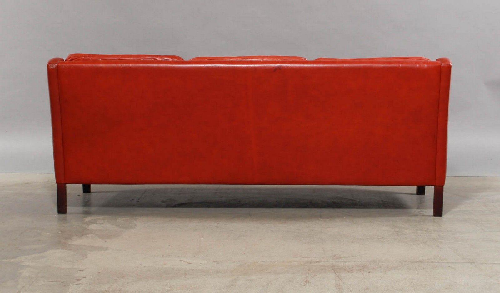 rotes skandinavisches vintage 3 sitzer ledersofa bei. Black Bedroom Furniture Sets. Home Design Ideas