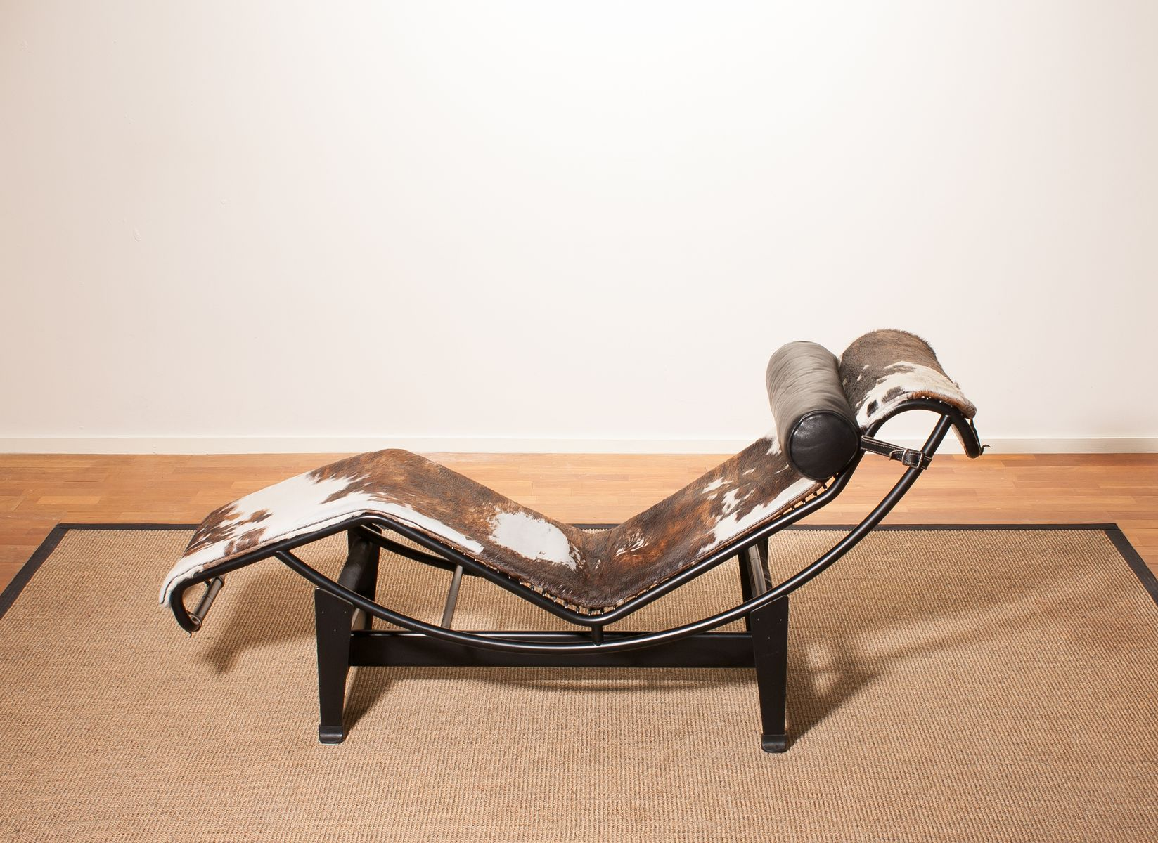 black model lc4 lounge chair by le corbusier for cassina 1970s