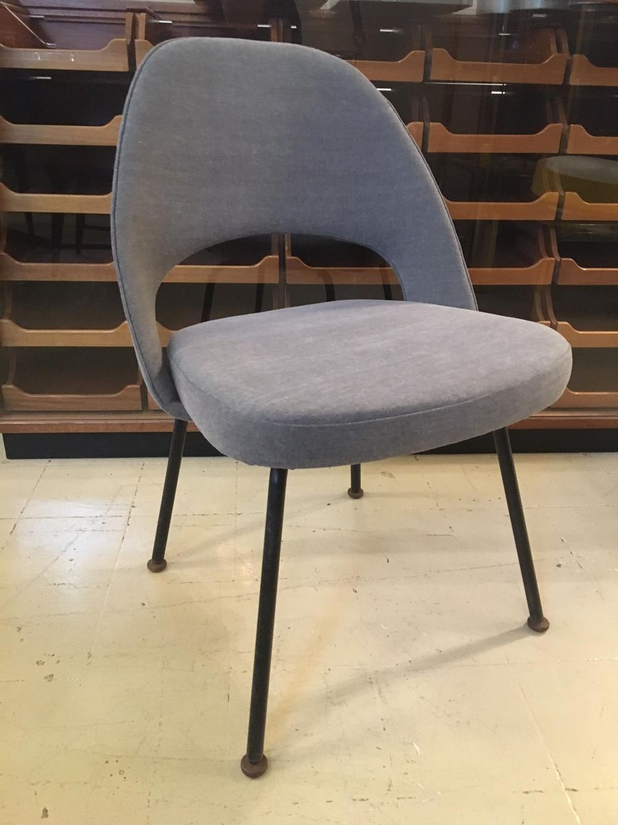 Executive armless chair by eero saarinen for knoll 1960 for Saarinen executive armless chair