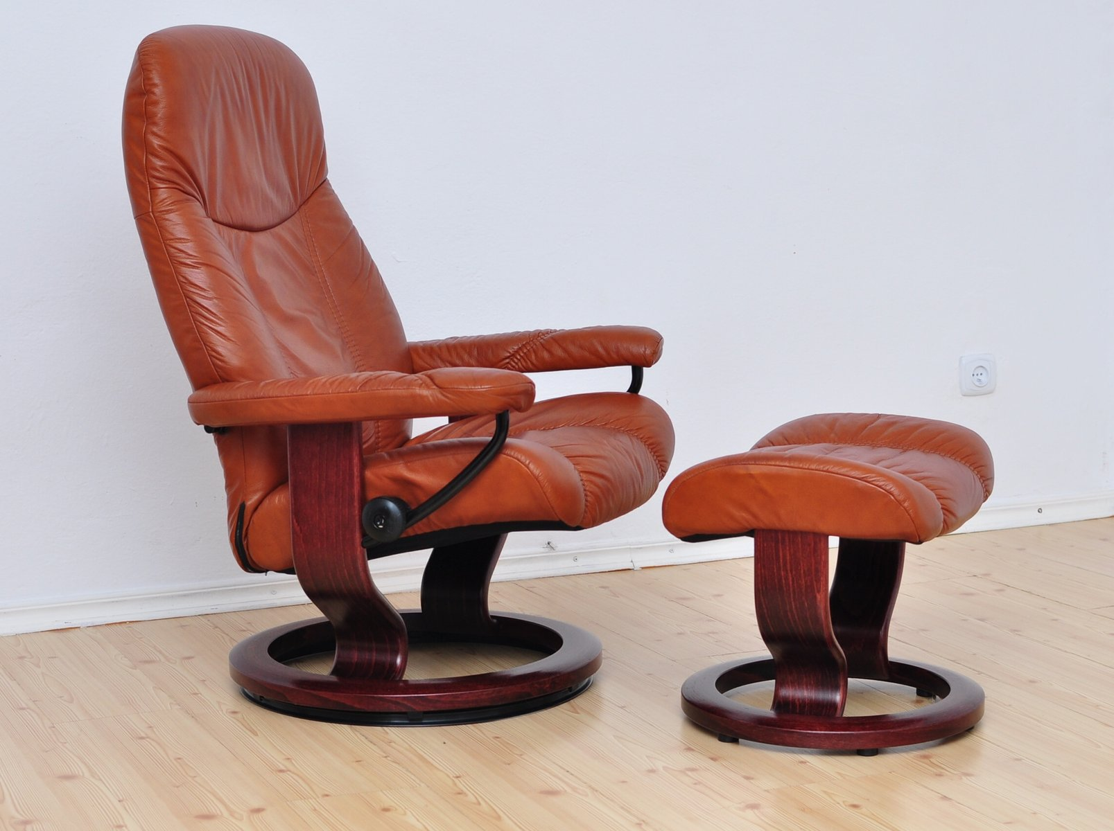 Consul lounge chair ottoman from stressless ekornes for 1980s chair
