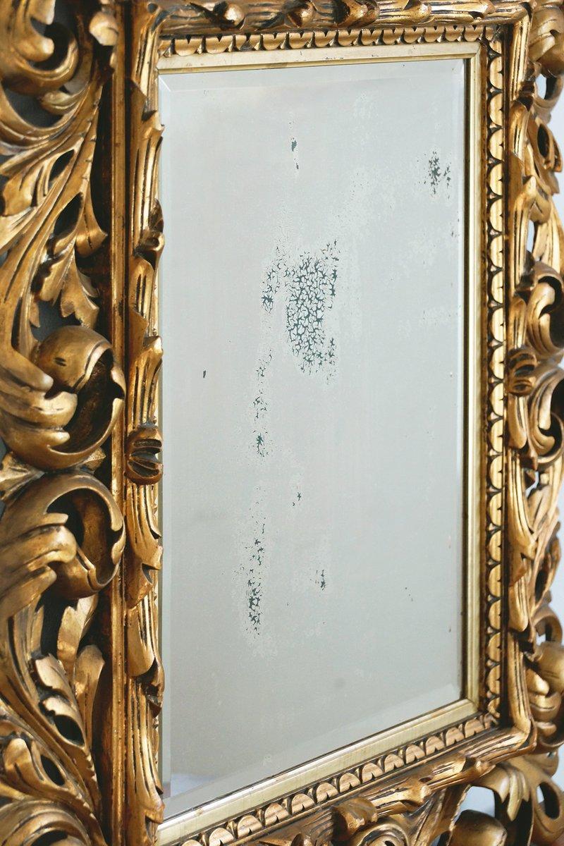 barocker spiegel mit geschnitztem holzrahmen 18 jh bei. Black Bedroom Furniture Sets. Home Design Ideas
