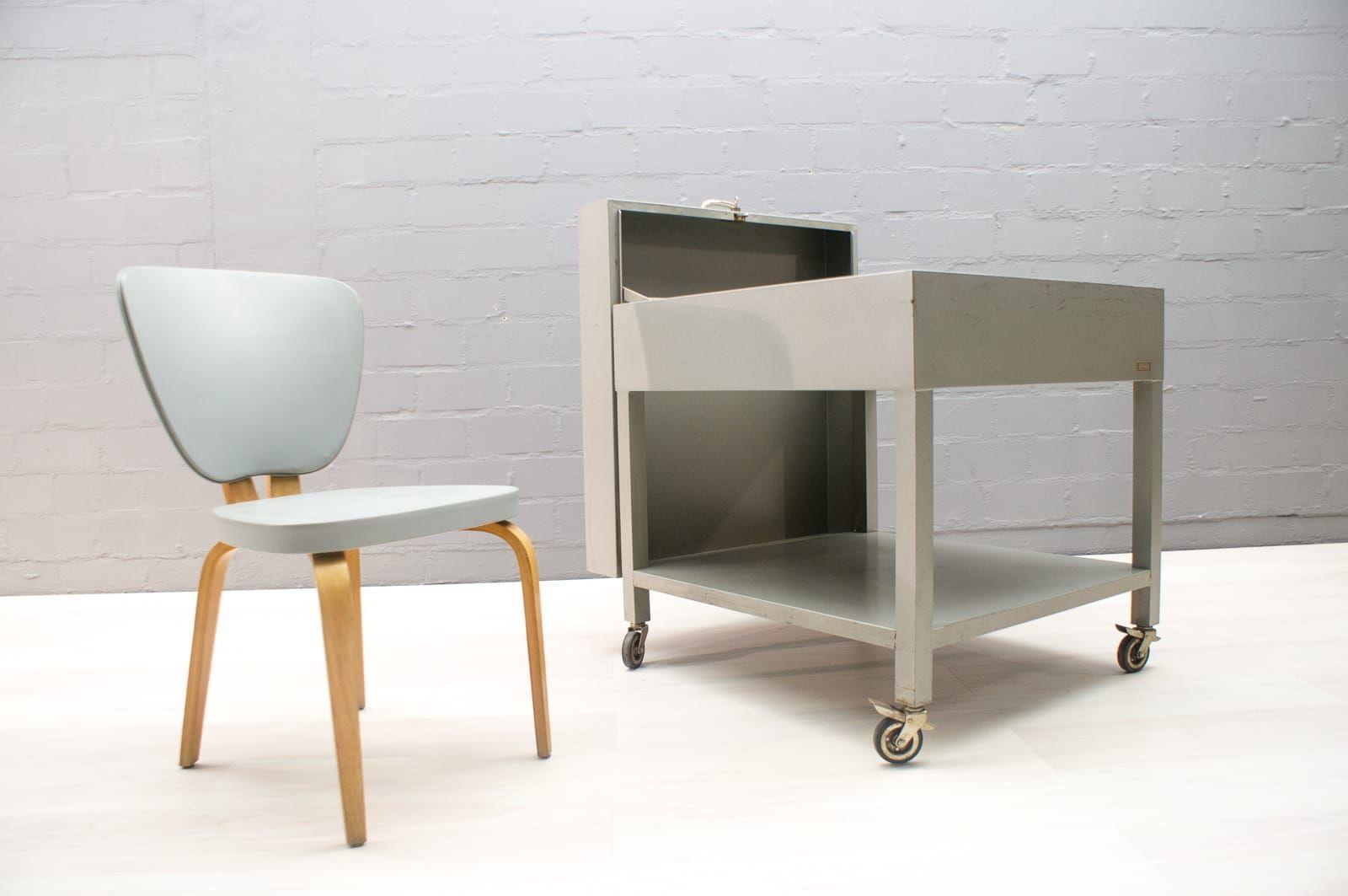 abschlie barer industrieller metall aktenschrank von fermata 1960er bei pamono kaufen. Black Bedroom Furniture Sets. Home Design Ideas