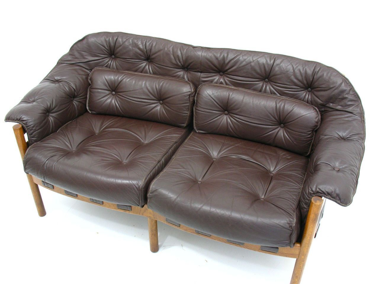 4 Seater Leather Sofas Decorating