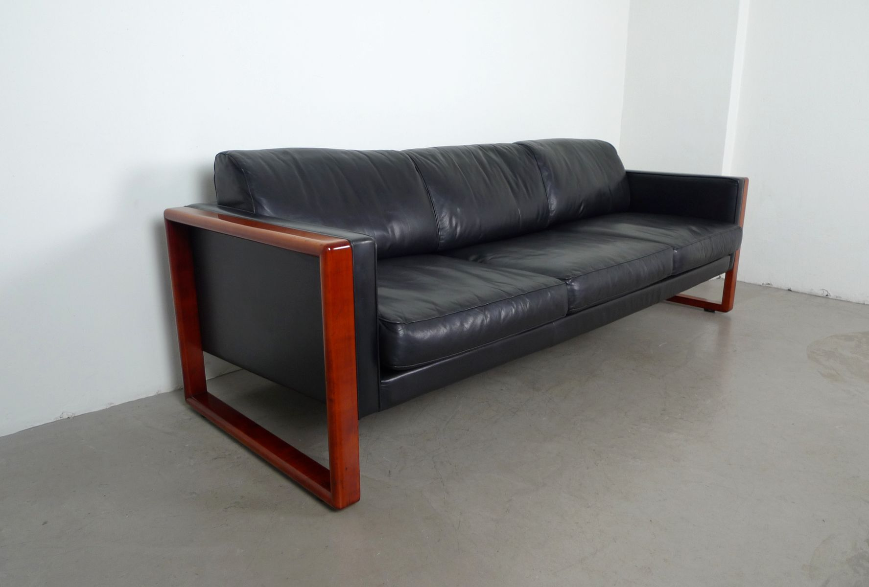 Walter knoll sofa bed okaycreations walter knoll sofa bed okaycreations net parisarafo Gallery