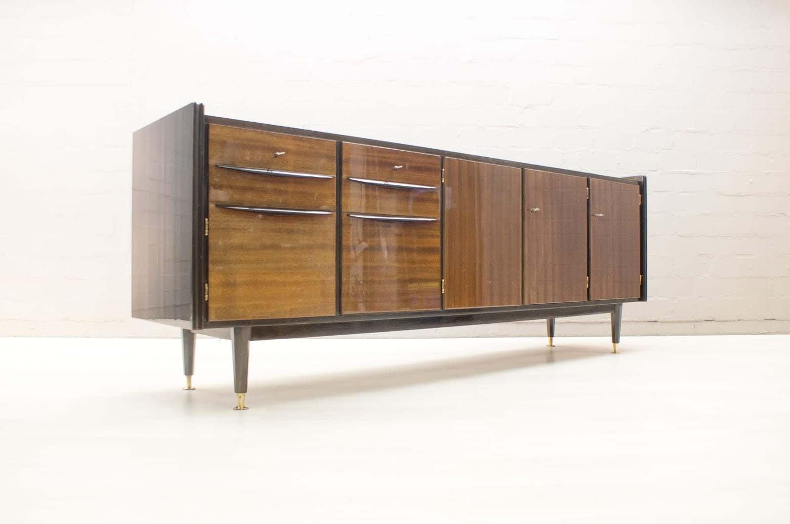 gro es mid century sideboard mit beleuchteter bar bei pamono kaufen. Black Bedroom Furniture Sets. Home Design Ideas