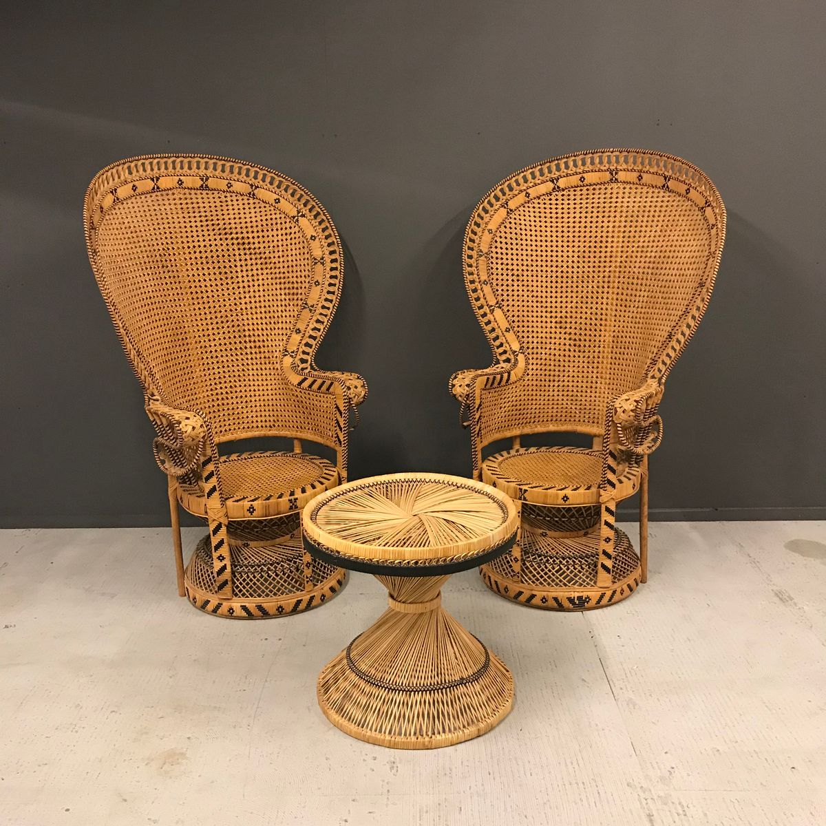 mid century french fauteuil emmanuelle peacock chairs and table set 1960s set of 3 for sale at. Black Bedroom Furniture Sets. Home Design Ideas