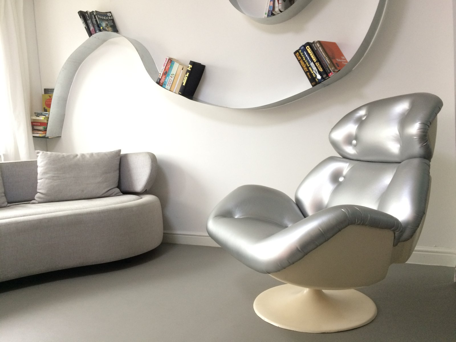 star maidens space age swivel chair from lurashell