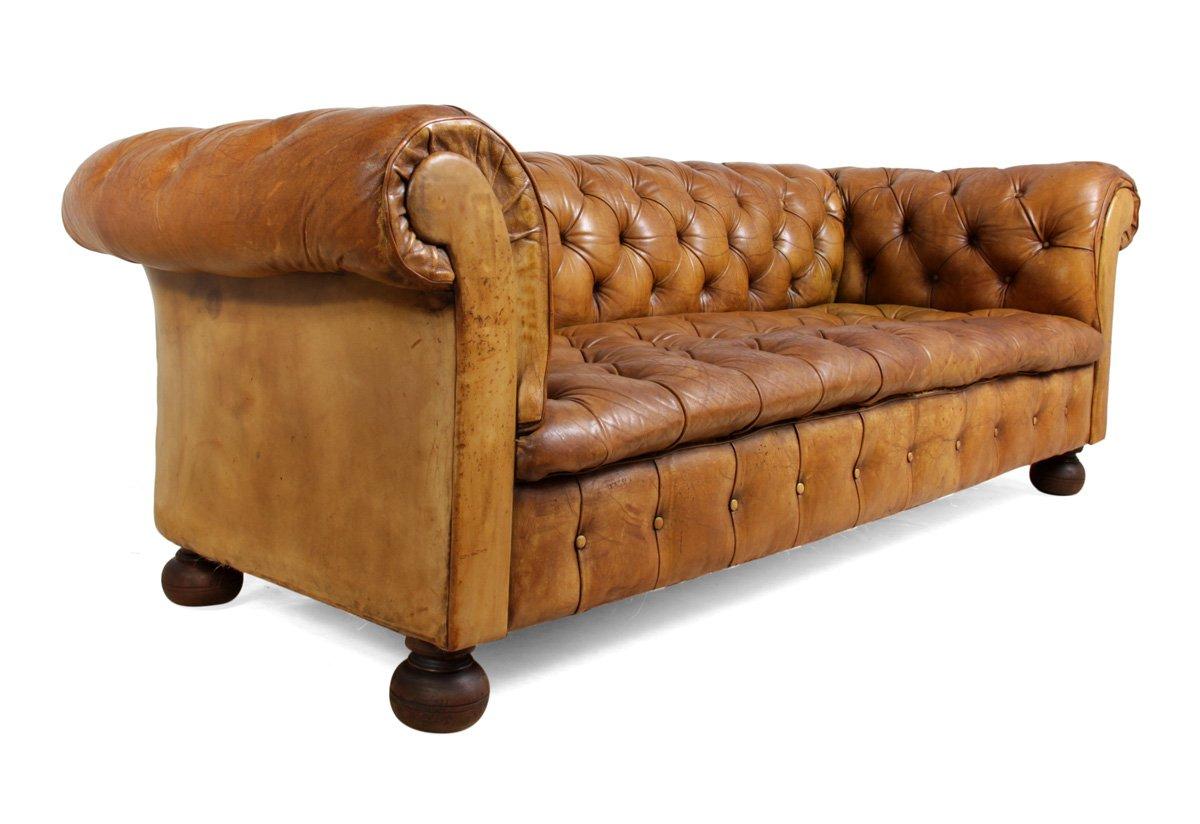 hellbraunes vintage chesterfield ledersofa 1960er bei pamono kaufen. Black Bedroom Furniture Sets. Home Design Ideas