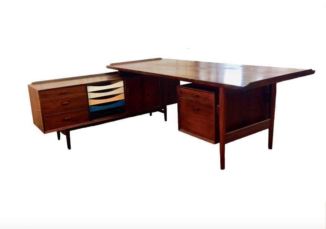 rio palisander schreibtisch von arne vodder f r sibast. Black Bedroom Furniture Sets. Home Design Ideas