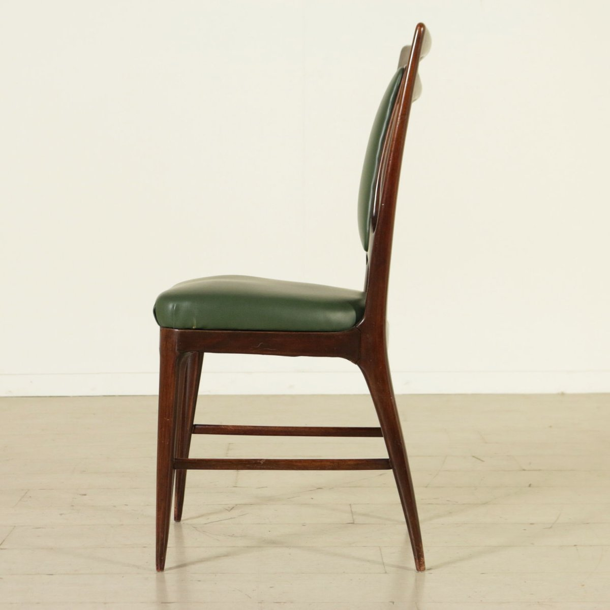 Captivating Italian Stained Beech Chairs, 1950s, Set Of 6 For Sale At Pamono