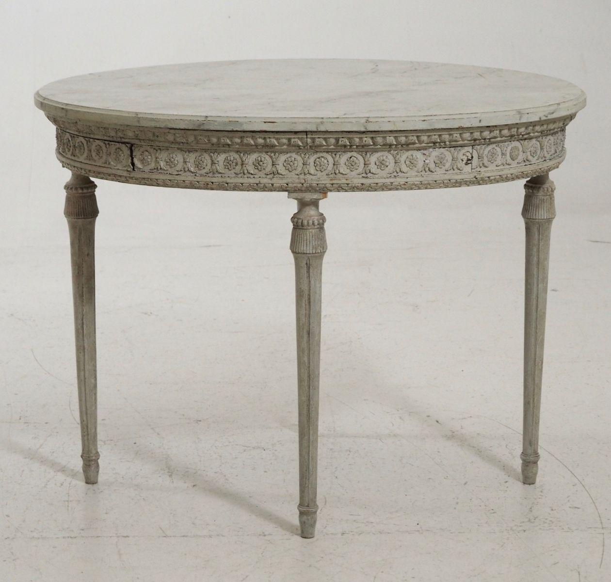geschnitzter ovaler tisch 19 jh bei pamono kaufen. Black Bedroom Furniture Sets. Home Design Ideas
