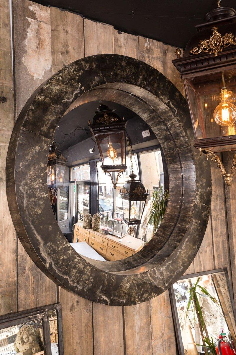 gro er gew lbter vintage spiegel mit zinkrahmen bei pamono kaufen. Black Bedroom Furniture Sets. Home Design Ideas
