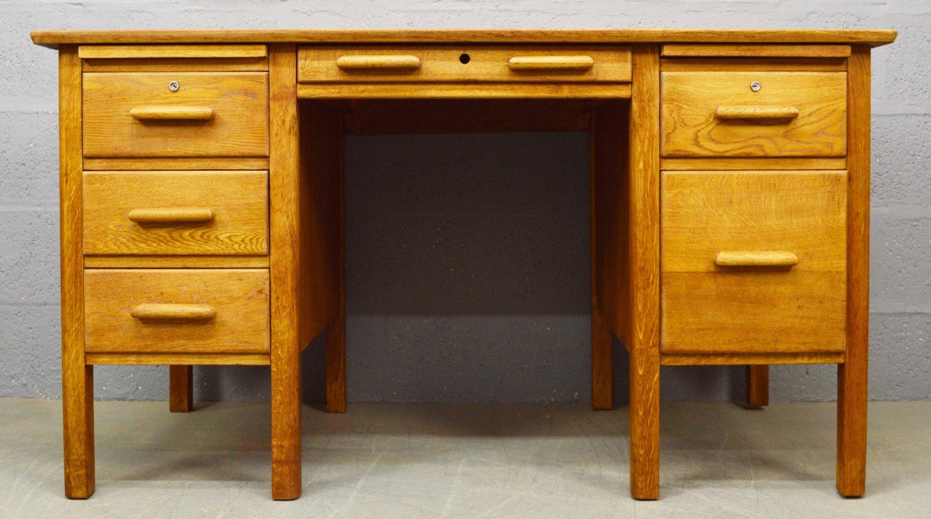 mid century eichenholz schreibtisch 1960er bei pamono kaufen. Black Bedroom Furniture Sets. Home Design Ideas