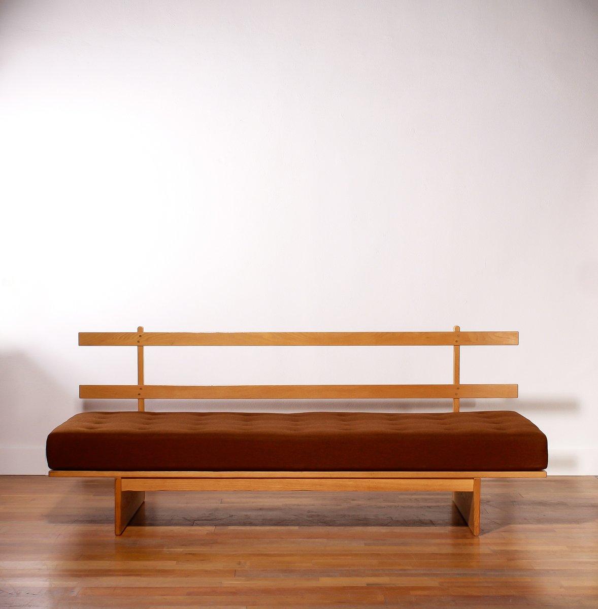 mid century tagesbett aus holz wollstoff von bra bohag. Black Bedroom Furniture Sets. Home Design Ideas