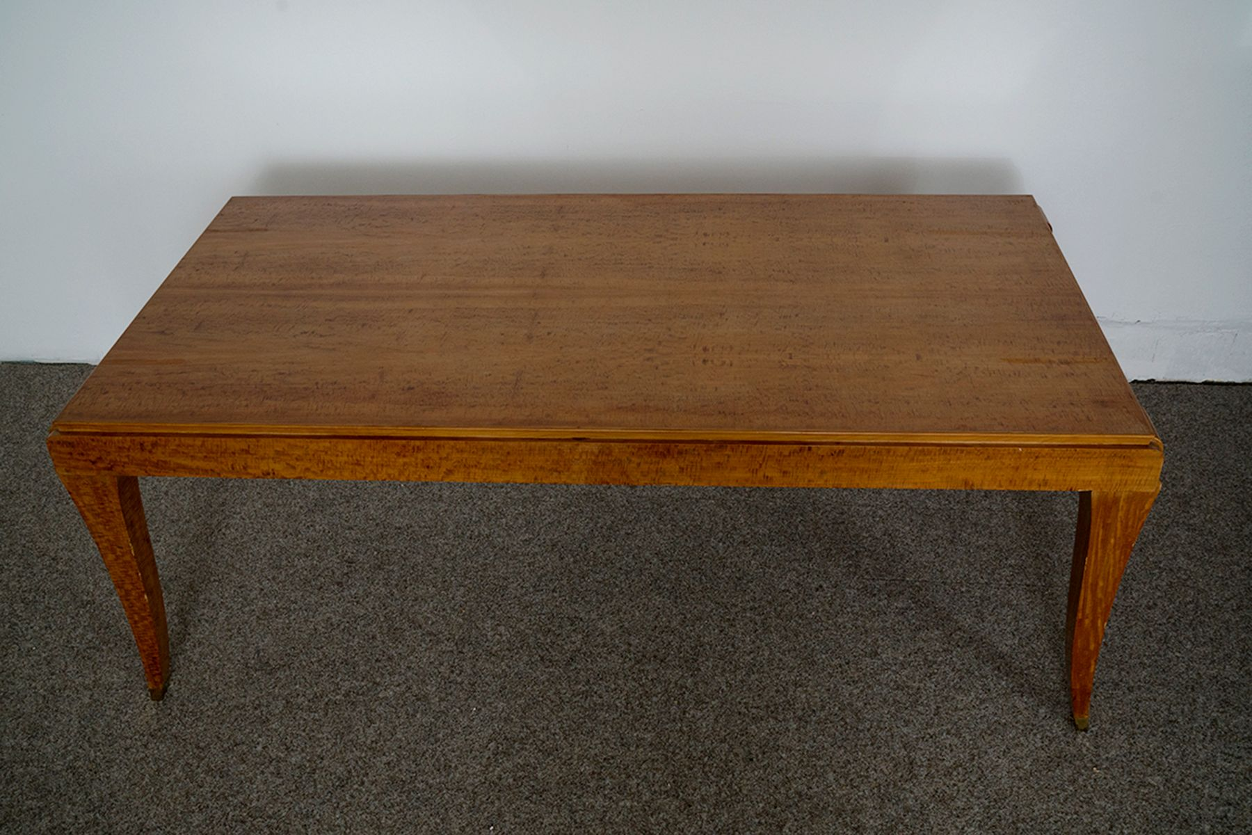 Vintage French Dining Table in Eucalyptus for sale at Pamono