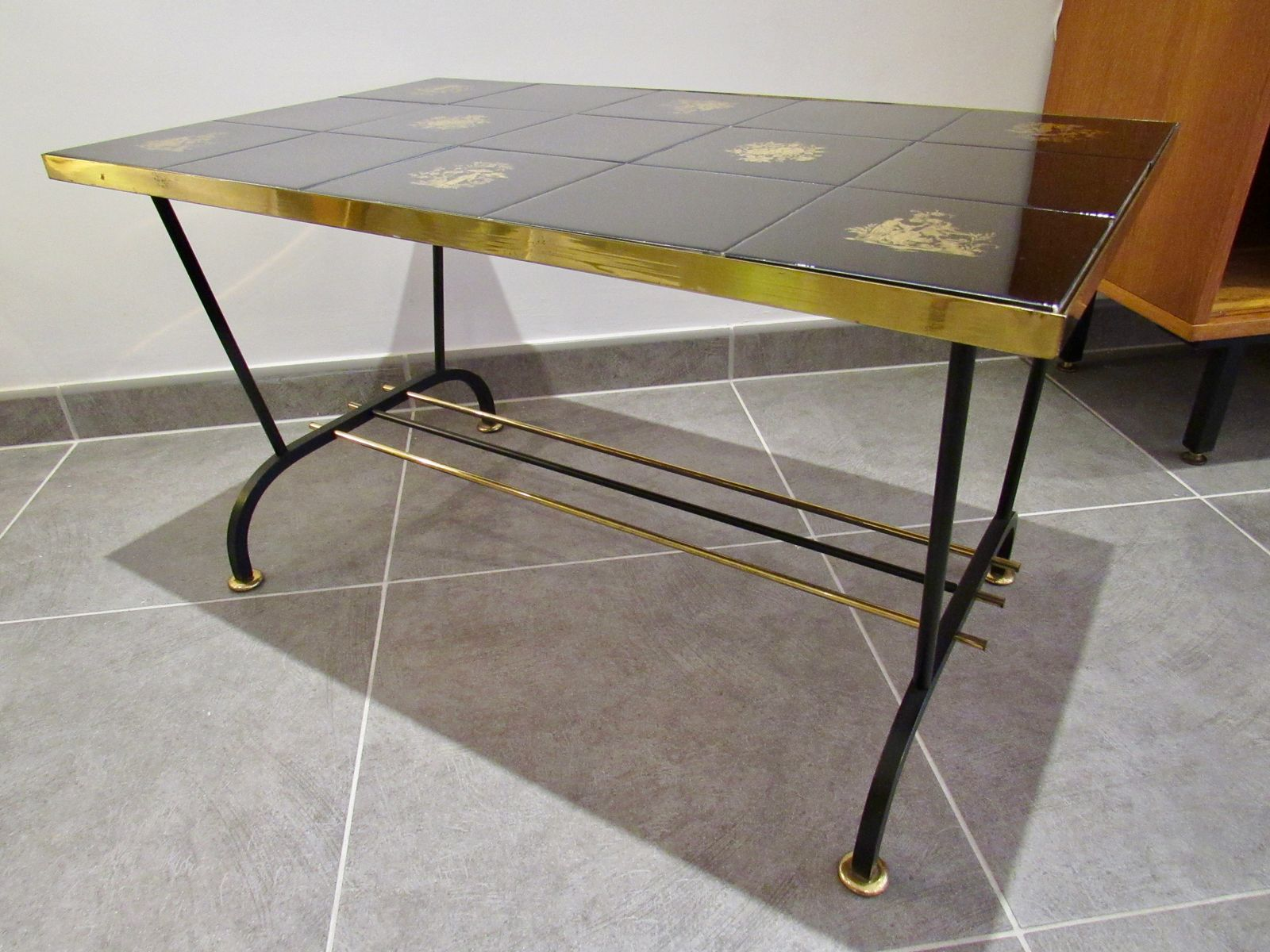 Vintage Coffee Table in Black and Gold for sale at Pamono
