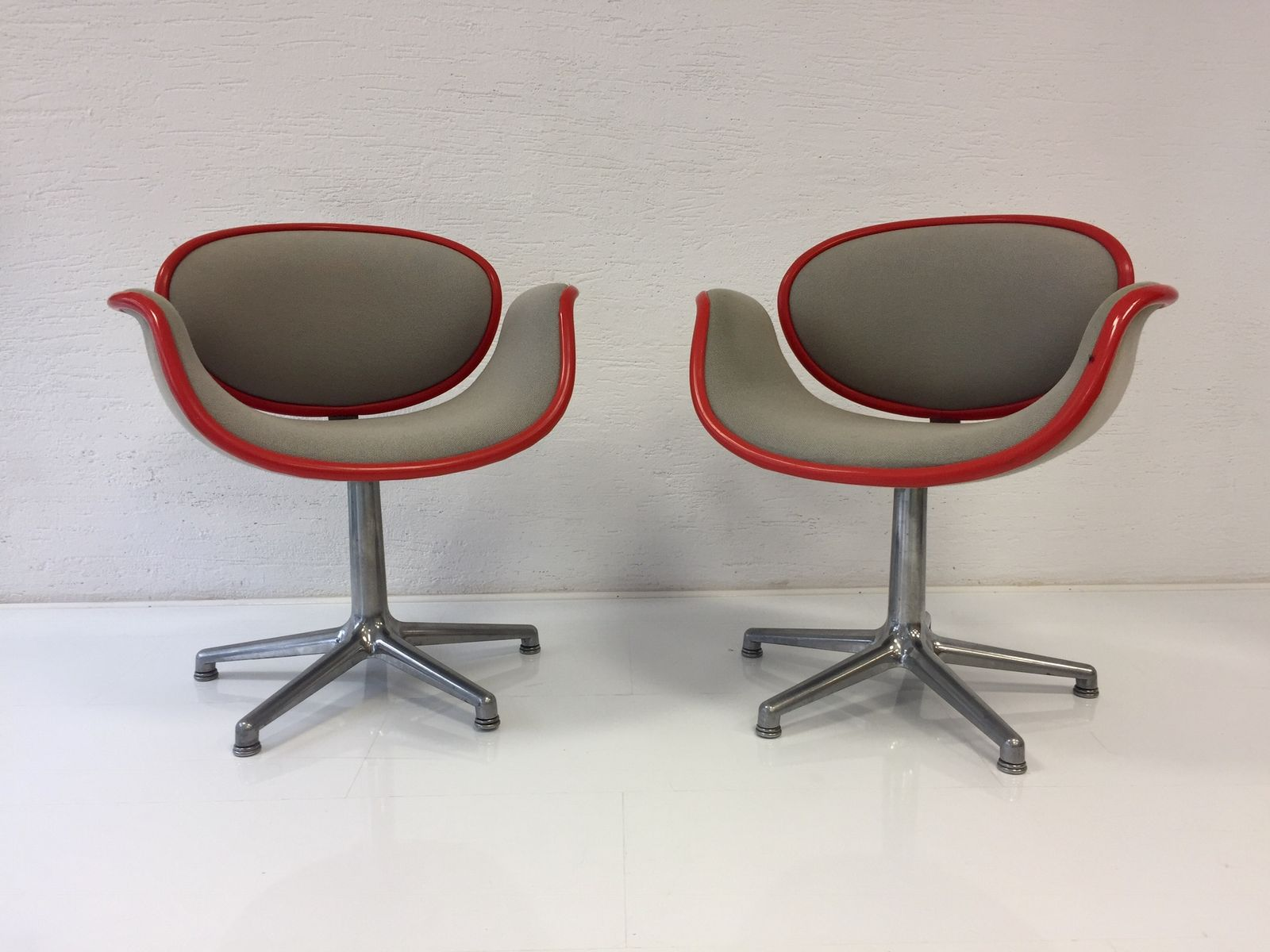 Small Tulip Chairs by Pierre Paulin for Artifort 1965 Set of 2