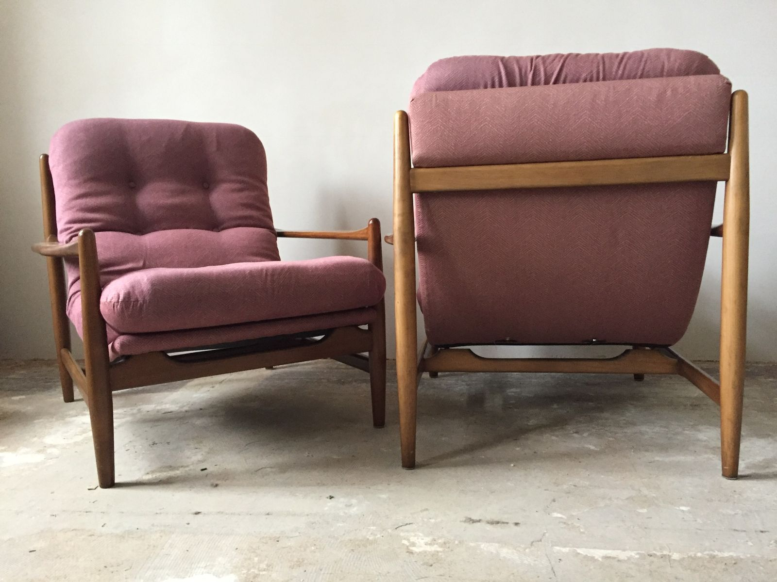 Vintage lounge chairs 1960s set of 2 for sale at pamono - Vintage lyon lounge ...