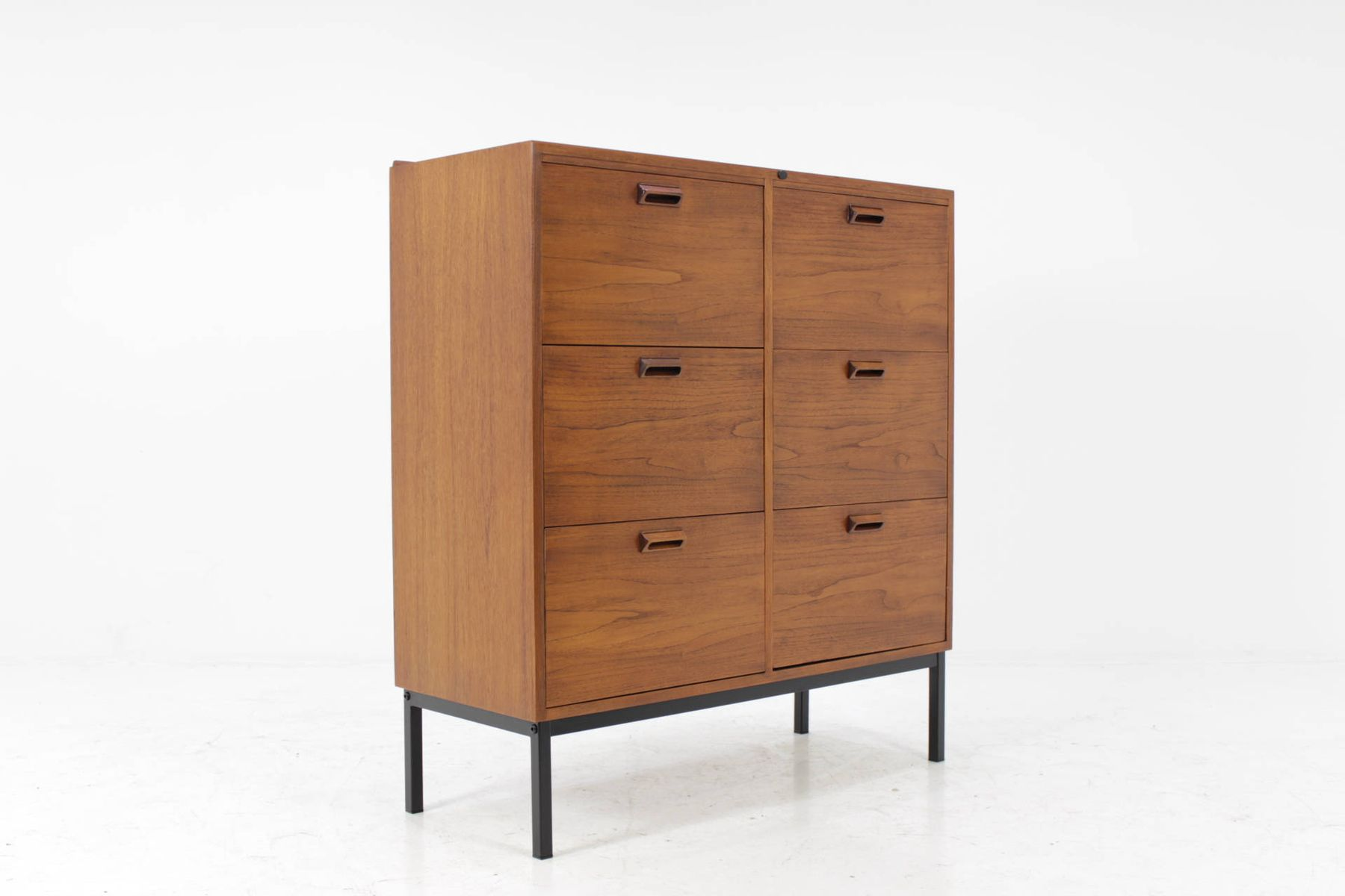 d nische mid century teak b ro kommode bei pamono kaufen. Black Bedroom Furniture Sets. Home Design Ideas
