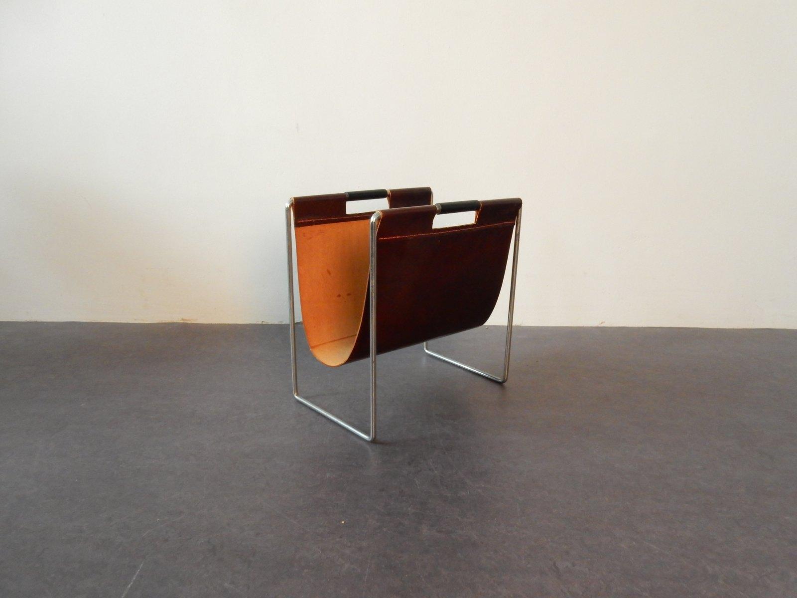 zeitungsst nder aus leder metall von brabantia bei. Black Bedroom Furniture Sets. Home Design Ideas