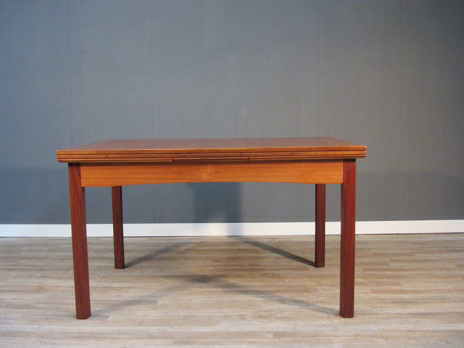 Extendable cherry veneer dining table 1950s for sale at for Cherry dining table