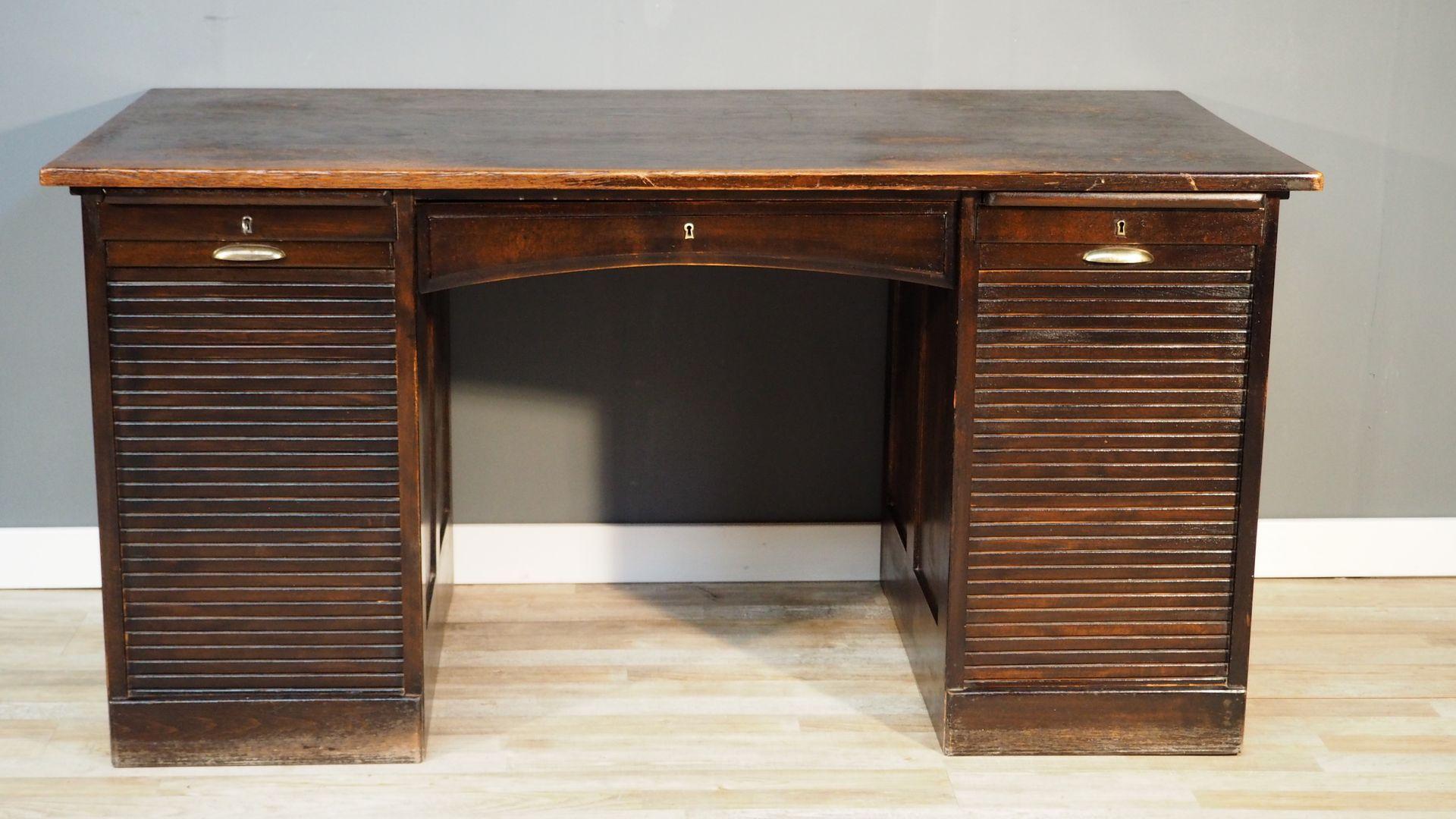 vintage bauhaus schreibtisch bei pamono kaufen. Black Bedroom Furniture Sets. Home Design Ideas