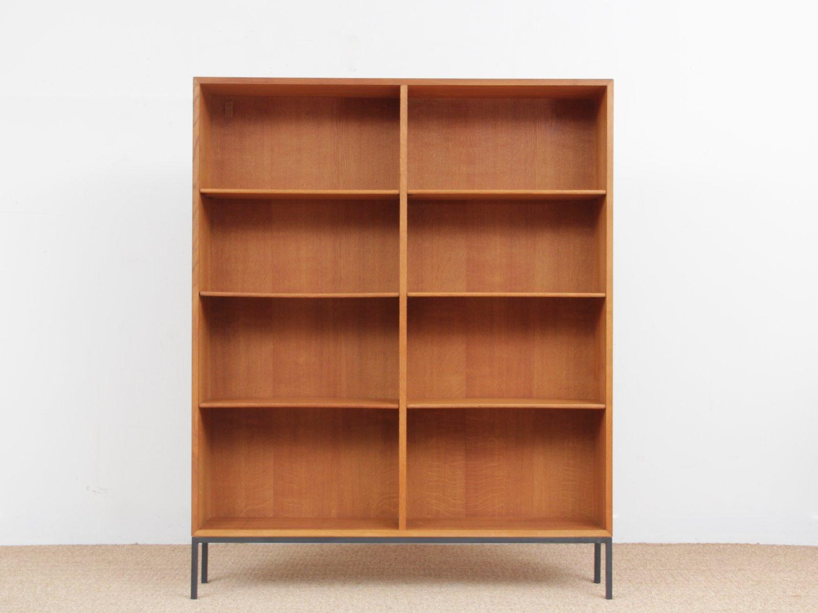 Mid-Century Modern Scandinavian Bookcase In Oak By Borge Mogensen