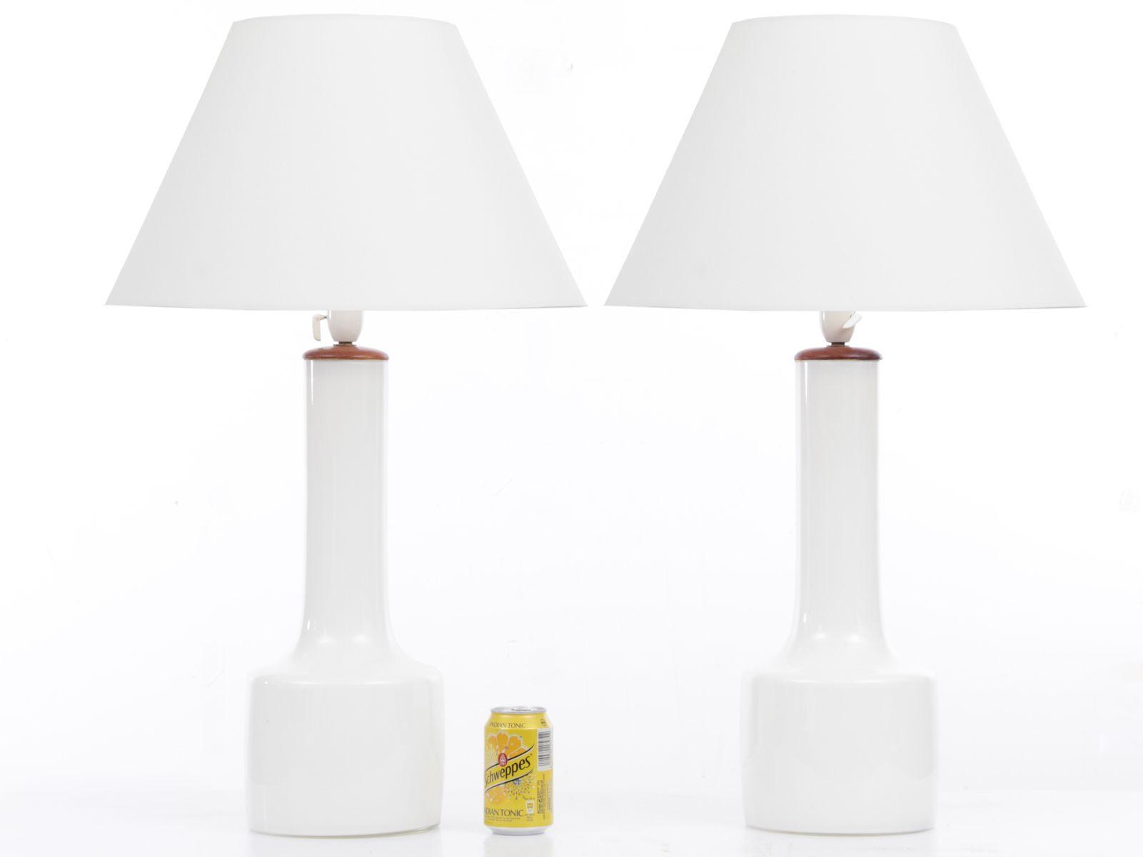 skandinavische mid century modern opalglas tischlampen 2er set bei pamono kaufen. Black Bedroom Furniture Sets. Home Design Ideas