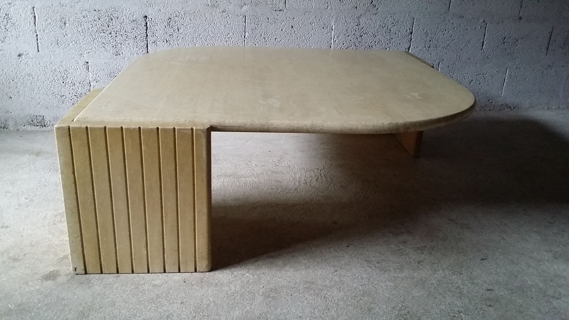 Vintage travertine coffee table from roche bobois 1970s for sale vintage travertine coffee table from roche bobois 1970s for sale at pamono geotapseo Image collections