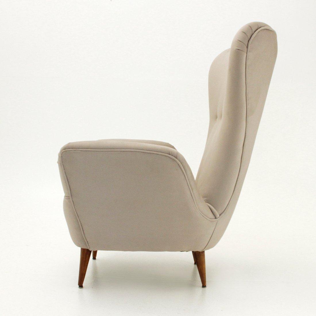 italienischer sessel mit hoher r ckenlehne und konischen. Black Bedroom Furniture Sets. Home Design Ideas