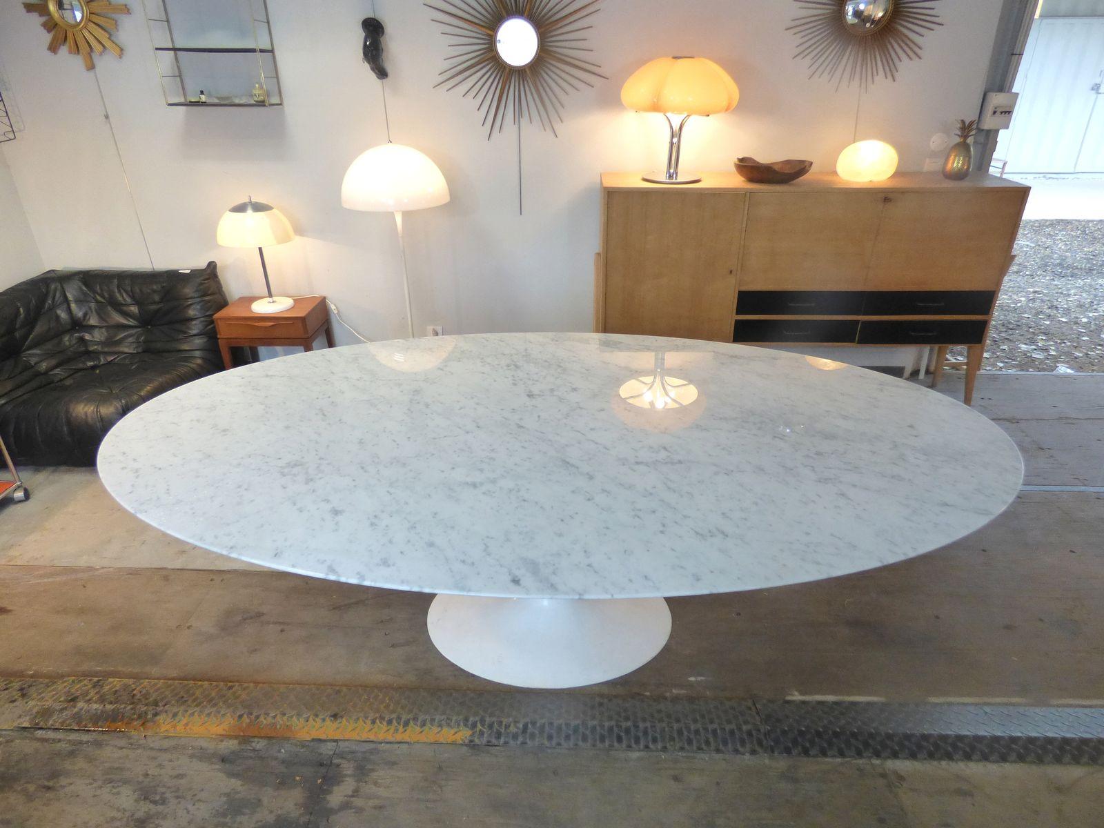 ovaler vintage carrara marmor tisch von eero saarinen f r