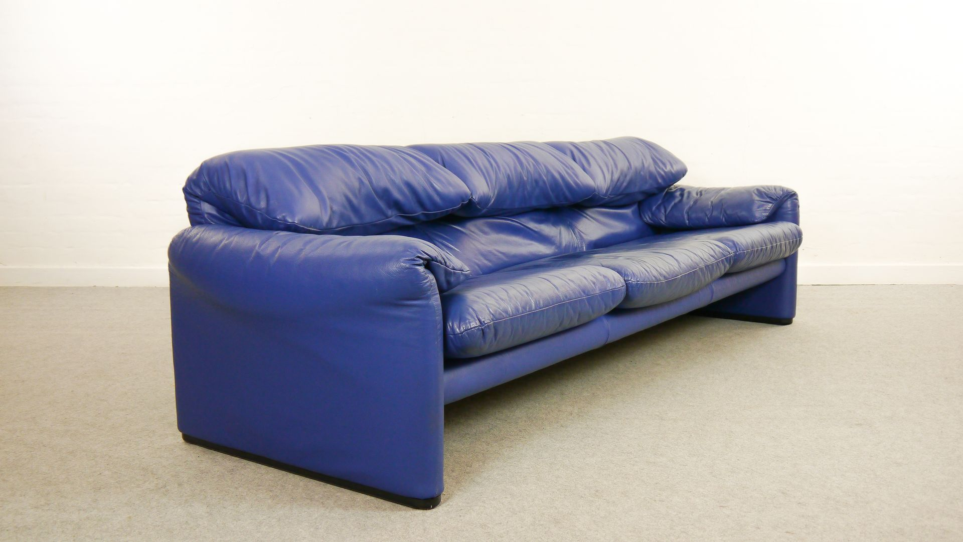 Blue Leather Maralunga 3 Seater Sofa by Vico Magistretti for