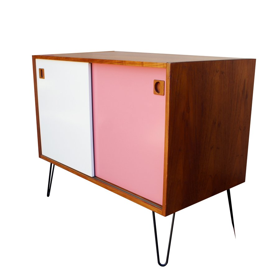 mid century danish teak sideboard for sale at pamono. Black Bedroom Furniture Sets. Home Design Ideas