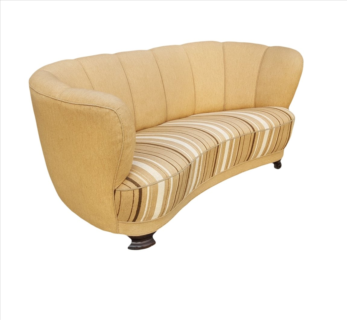 d nisches sofa in bananenform 1940er bei pamono kaufen. Black Bedroom Furniture Sets. Home Design Ideas