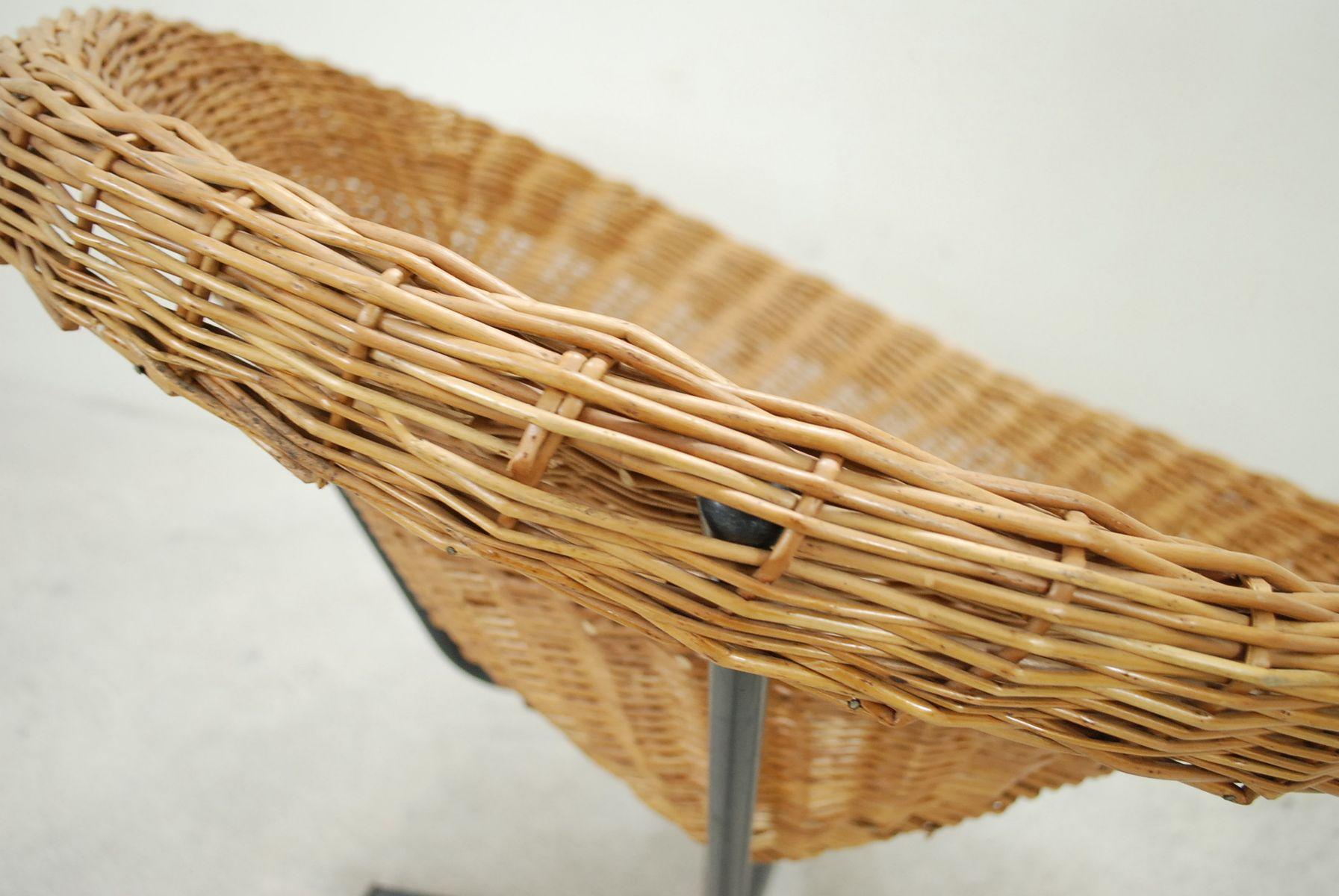 drehsessel aus korbgeflecht 1960er bei pamono kaufen. Black Bedroom Furniture Sets. Home Design Ideas