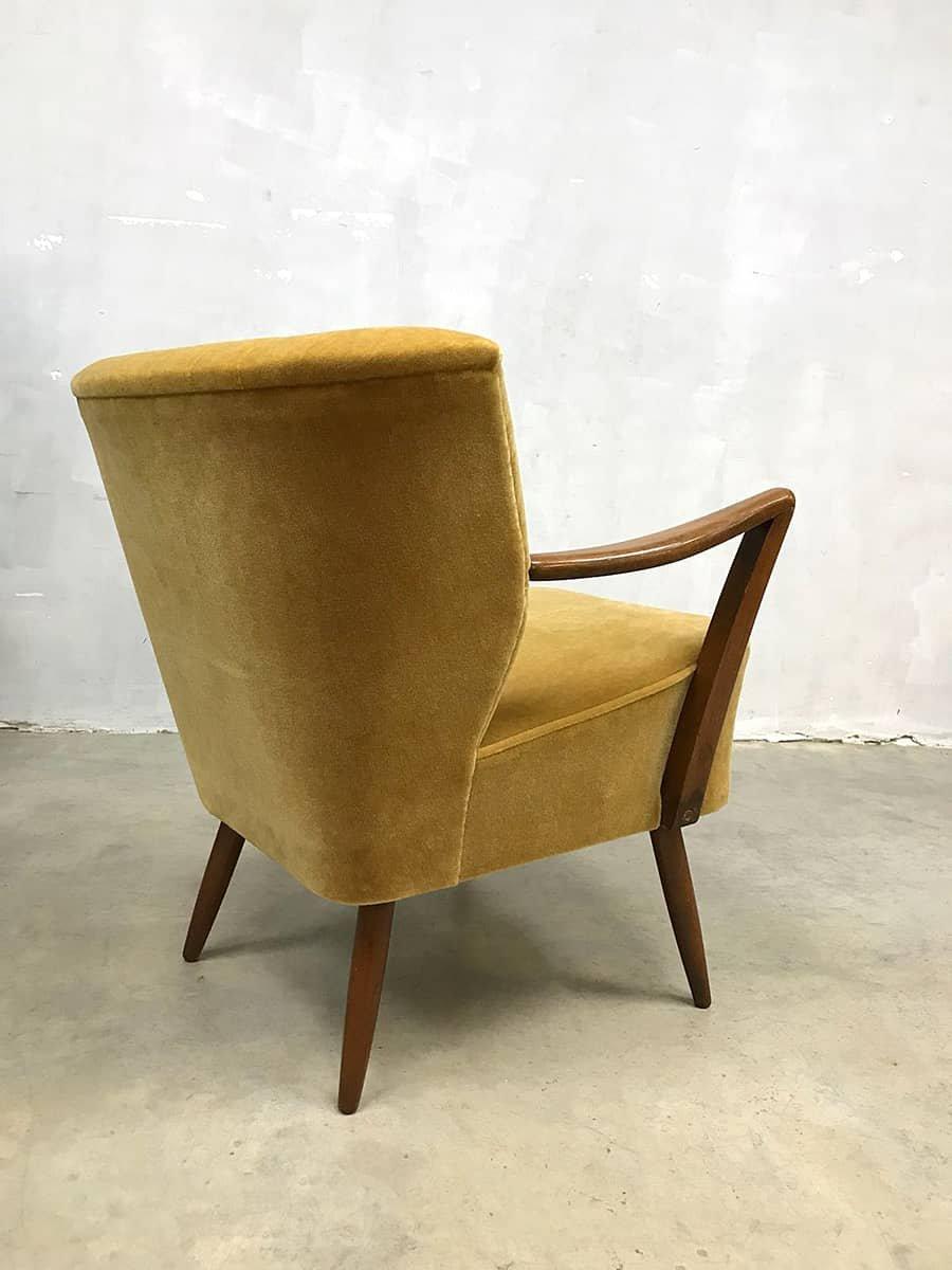 vintage side chair in gold velvet velour from artifort for sale at pamono. Black Bedroom Furniture Sets. Home Design Ideas
