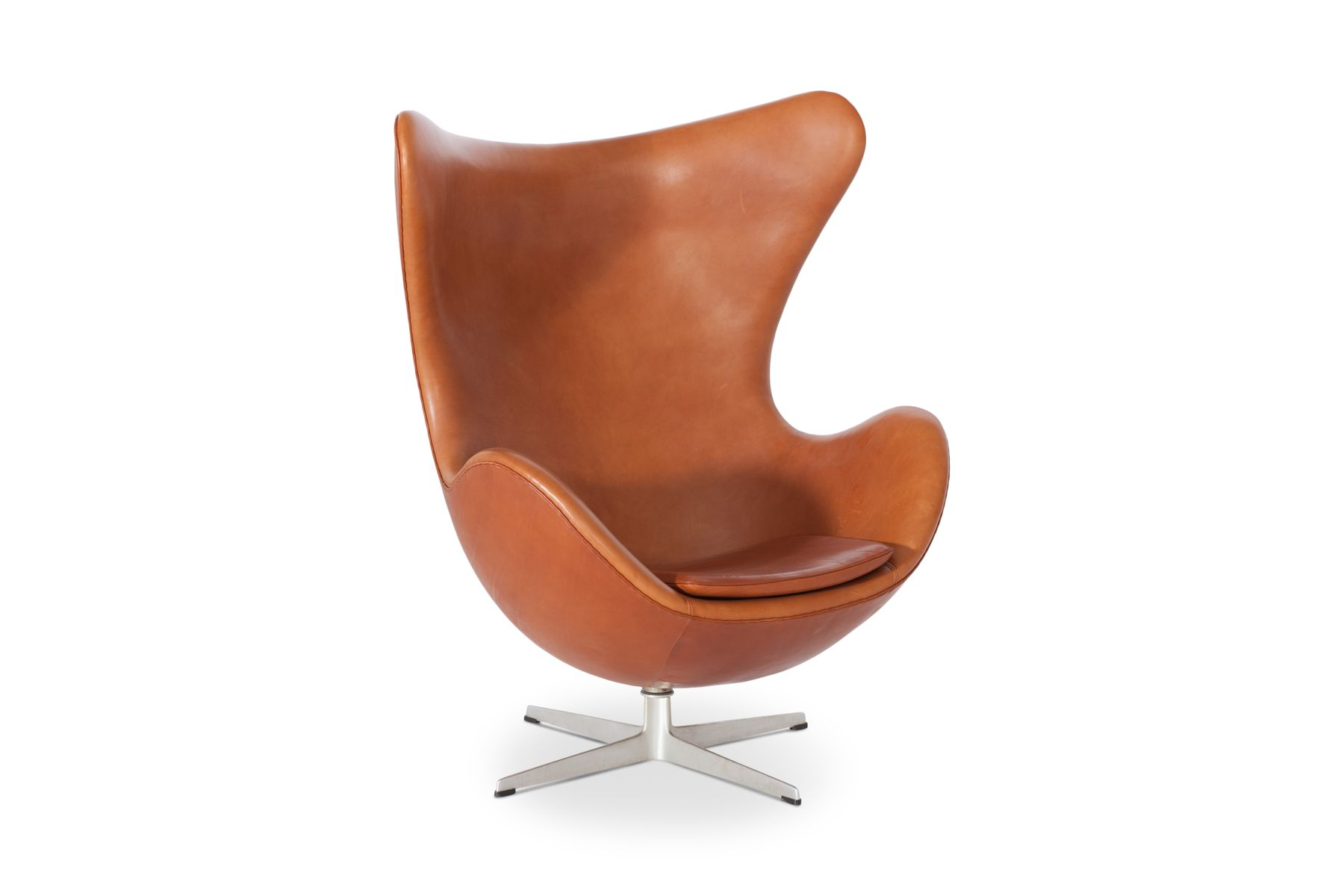 egg chair in cognac leather by arne jacobsen for fritz hansen 1960s for sale at pamono. Black Bedroom Furniture Sets. Home Design Ideas