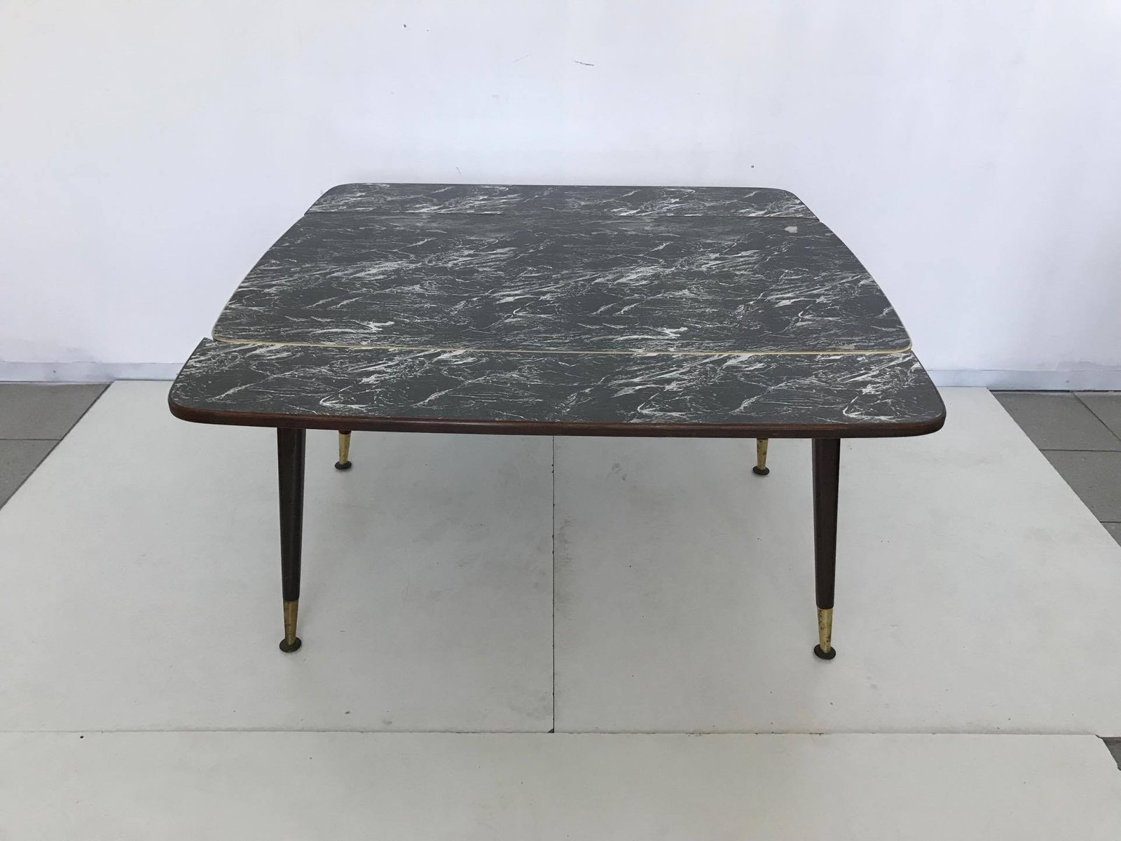 Extendable Coffee Table 1950s for sale at Pamono