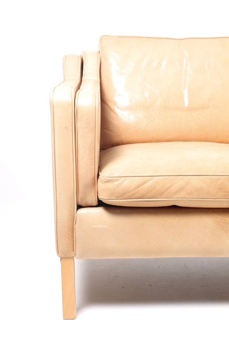 3 sitzer ledersofa calia italia 3 sitzer ledersofa est 269 kaufen otto sofa lc2 3 sitzer leder. Black Bedroom Furniture Sets. Home Design Ideas