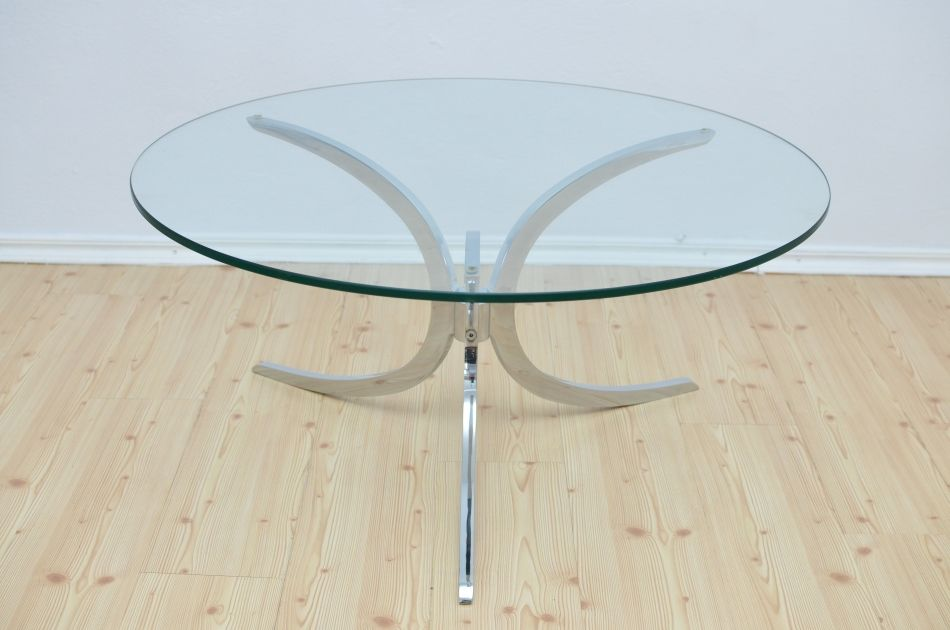 tisch mit glasplatte 1970er bei pamono kaufen. Black Bedroom Furniture Sets. Home Design Ideas