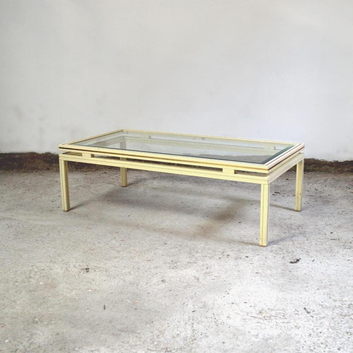 Table basse par pierre vandel 1970s en vente sur pamono for Table basse pierre